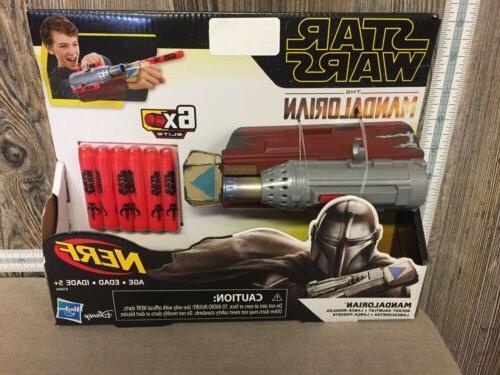 star wars the mandalorian rocket gauntlet dart